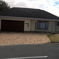 Stellenberg/Eversdal This is the opportunity of a lifetime! Prime Property like this a hardly found!