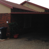Lovely spacious unit in Radiokop
