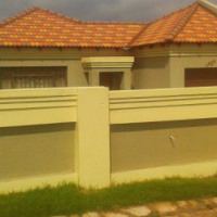 2 BedroomTuscan House to Rent in Springbok Park, Witbank