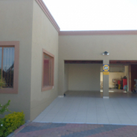 NEWLY RENOVATED FAMILY HOME