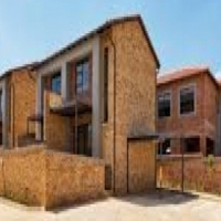 Brand new 2 bed duplex with garden in Wilgeheuwel