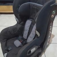 Baby car chair / baba kar stoeltjie 9-18kg