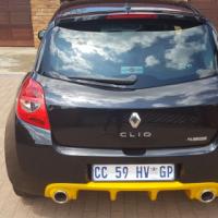 Renault clio 3 rs 2.0 2010