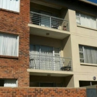 PRIVATE SALE!!! Apartment in Northcliff for SALE