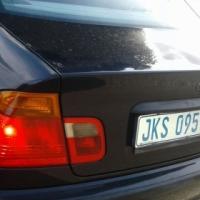 BMW 2002 model 318i blue one