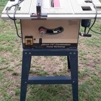 Table Saw/Router combination with some router bits