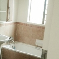 Three bedroom garden apartment in popular Eco Park estate