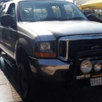 Ford F250 4.2L XLT Double Cab Turbo Diesel 4x4