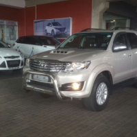 2015 Toyota Fortuner 3.0 D4D A/T 7 seater