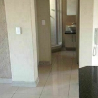 Winchester Hills 2beds, bath, kitchen, lounge, Rental R5000