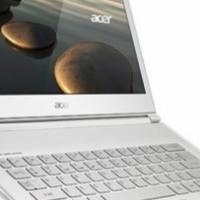 "Acer S7-393 i5-5200U 13.3"" Multi-touch 8GB 256GB SSD"