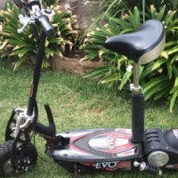 Evo 800w electric scooter in good condition for sale