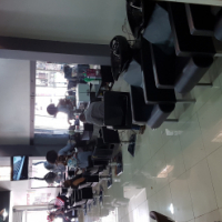 2500 per mirror to rent in a salon in pretorius street.pretoria