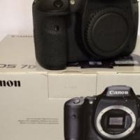 Canon 7D Body. Canon 7D+