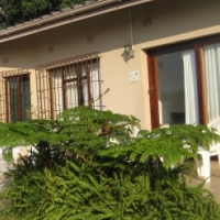 Margate: Self-catering cottages near the beach. Rates out of season start from R180 p.p. p.n.
