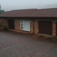 3  BEDROOM FACEBRICK TOWNHOUSE IN A SECURE COMPLEX IN BREAUNANDA EXTENSION FOR A STEAL