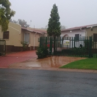 SPACIOUS CORNER STAND IN ROODEKRANS REDUCED  TO R1 495 000.00