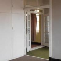 Yeoville 3beds, bathroom, kitchen, lounge, Rental R5800