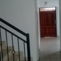 1 room available in a townhouse in Olympus - Pretoria East