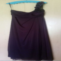Beautiful deep red dress with flower detail on left shoulder - xl