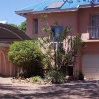 Duplex Flat, perfect location, ideal post-grad pad, Brooklyn, Pretoria