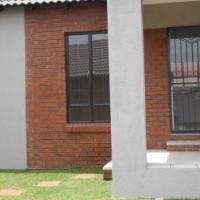 Mooikloof Ridge Estate/Country Walk 59-2 bedroom,1 bathroom, 2 garage