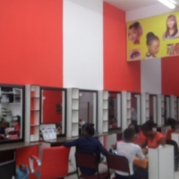 Salon Stations to rent