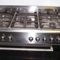 DEFY GAS AND ELECTRIC STOVE