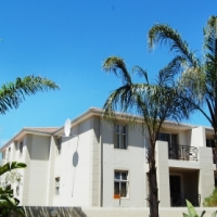 NEW RELEASE - GROUND FLOOR two bedroom apartment in VREDEKLOOF HEIGHTS/Brackenfell