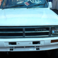 Toyota hilux hips 2.4petrol 4x4