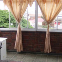 1.5 (2) Bed Flat in Umbilo, Secure
