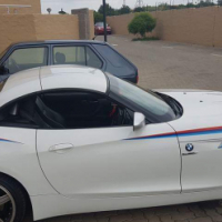 Bmw Z4 still with motor plan