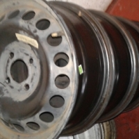 NP 200 steal Rims still in good condition R450 each