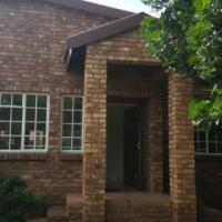 House to rent in Moreleta Park