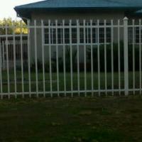 neat 3 bedroom house Noordhoek Pet friendly for Rent