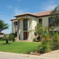 *Price Reduced* Stunning 4 bedroom house in Aqua Vista