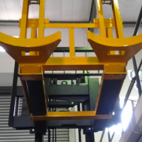 MOVE YOUR DRUMS WITH A NEW DOUBLE DRUM ATTACHMENT (SUITABLE FOR STACKERS AND FORKLIFTS)