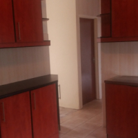 Deluxe and Spacious Outbulding for Rent in Chatsworth