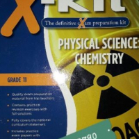 Physical Science: Chemistry - Grade 11 - Clive Long, Len Victor - Maskew Miller Longman - X-Kit.