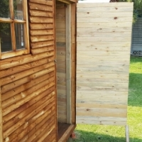 Knotty Pine Wendy - Room