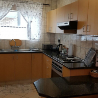 Stunning simplex for sale in CBD, close to all amenities