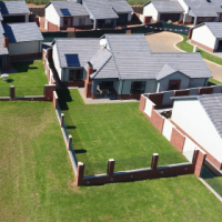 New Amberfield Free standing houses from developer