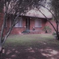 3 Bedroom Family House : URGENT SALE!!