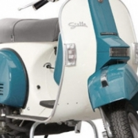 BRAND NEW VESPA - SPECIAL EDITION  SLATE BLUE/ANTIQUE WHITE