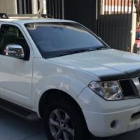 2010 Nissan Pathfinder 4.0l V6 LE A/T (4X4)