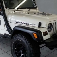Jeep Wrangler 4.0 Sport Hard Top 4x4
