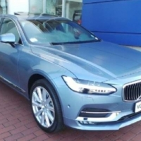 Volvo S90 D5 Momentum Geartronic AWD