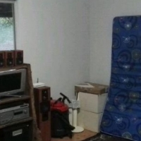Northcliff cottage R2500 open studio with kitchenette