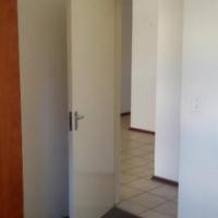 JHB CBD 3beds bath kitchen lounge R5495 Plein Street