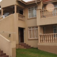 Rembrandt Park 2bedroomed ground floor unit R5500